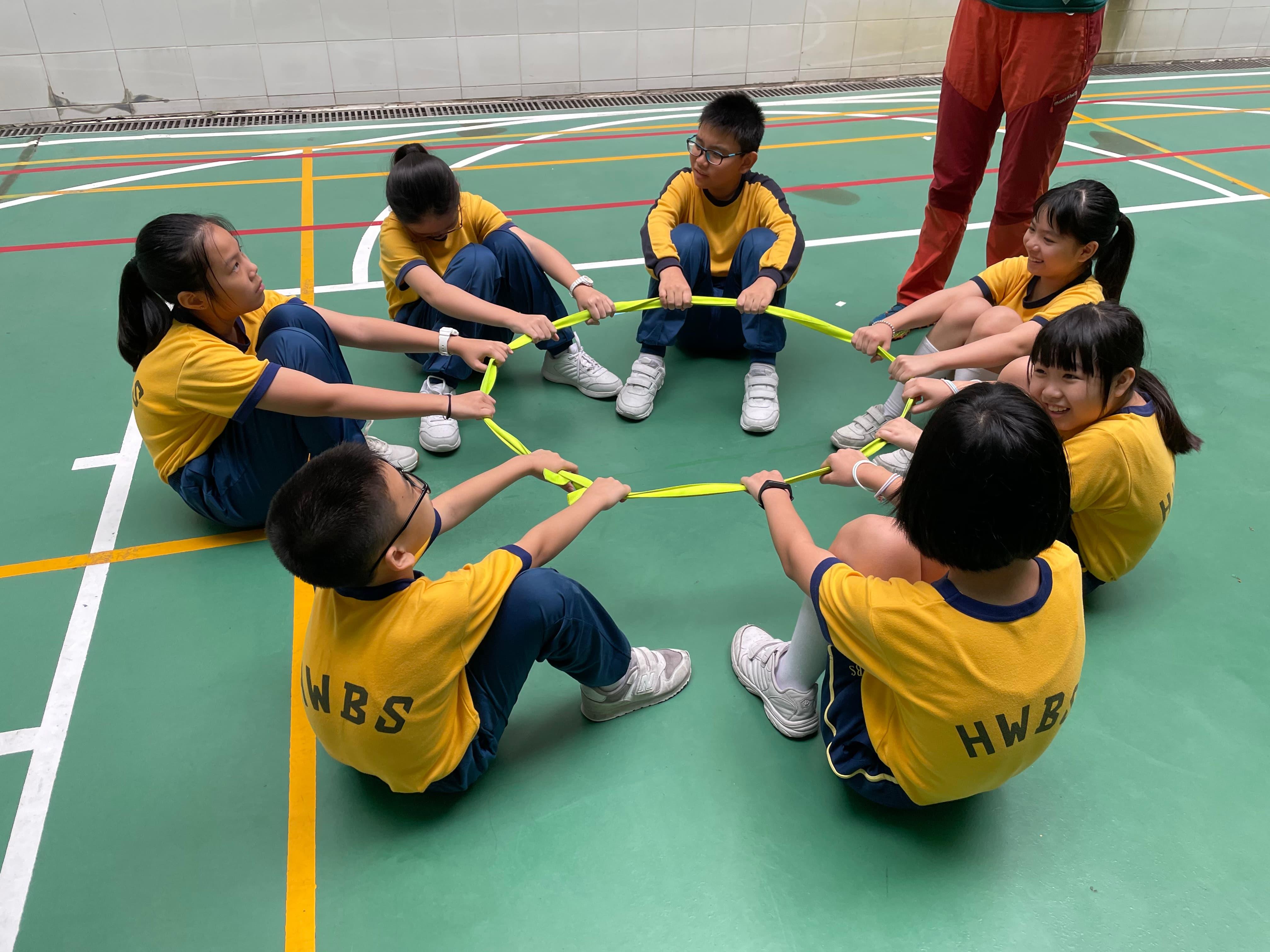 「學校輔導服務」-「義想TEEN晴」義工小組
