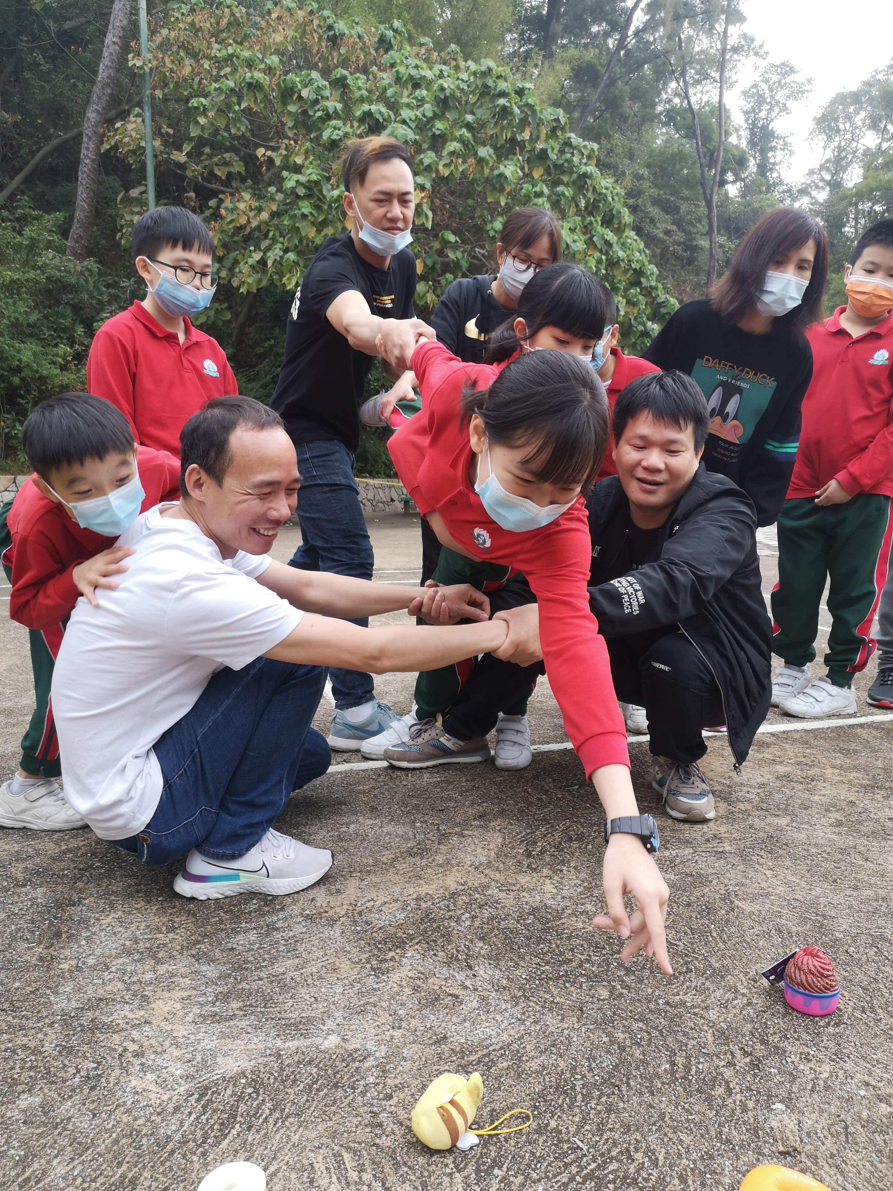 「學校輔導服務」- 奔跑吧!親子歷奇活動